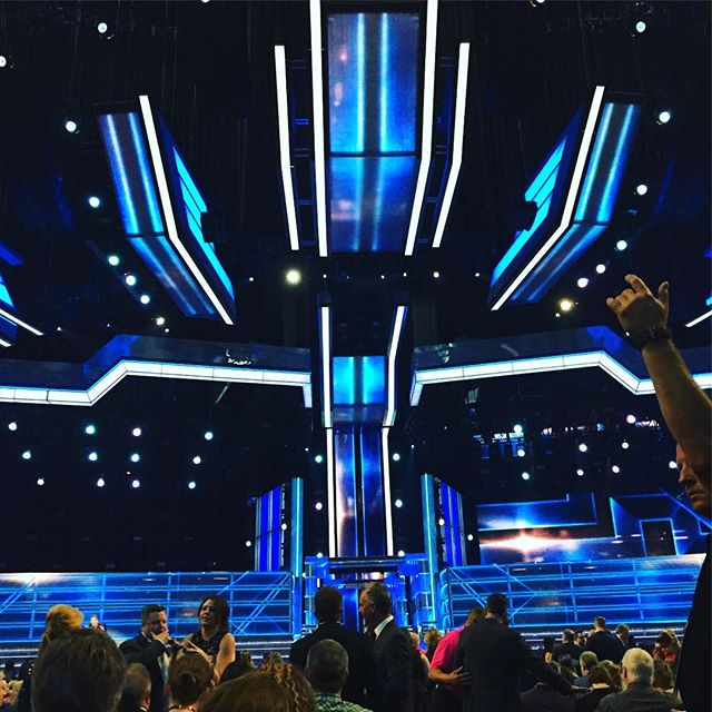 Country music awards!! Who are all these new people?  #vegas # howweusedtolove #mommymusician